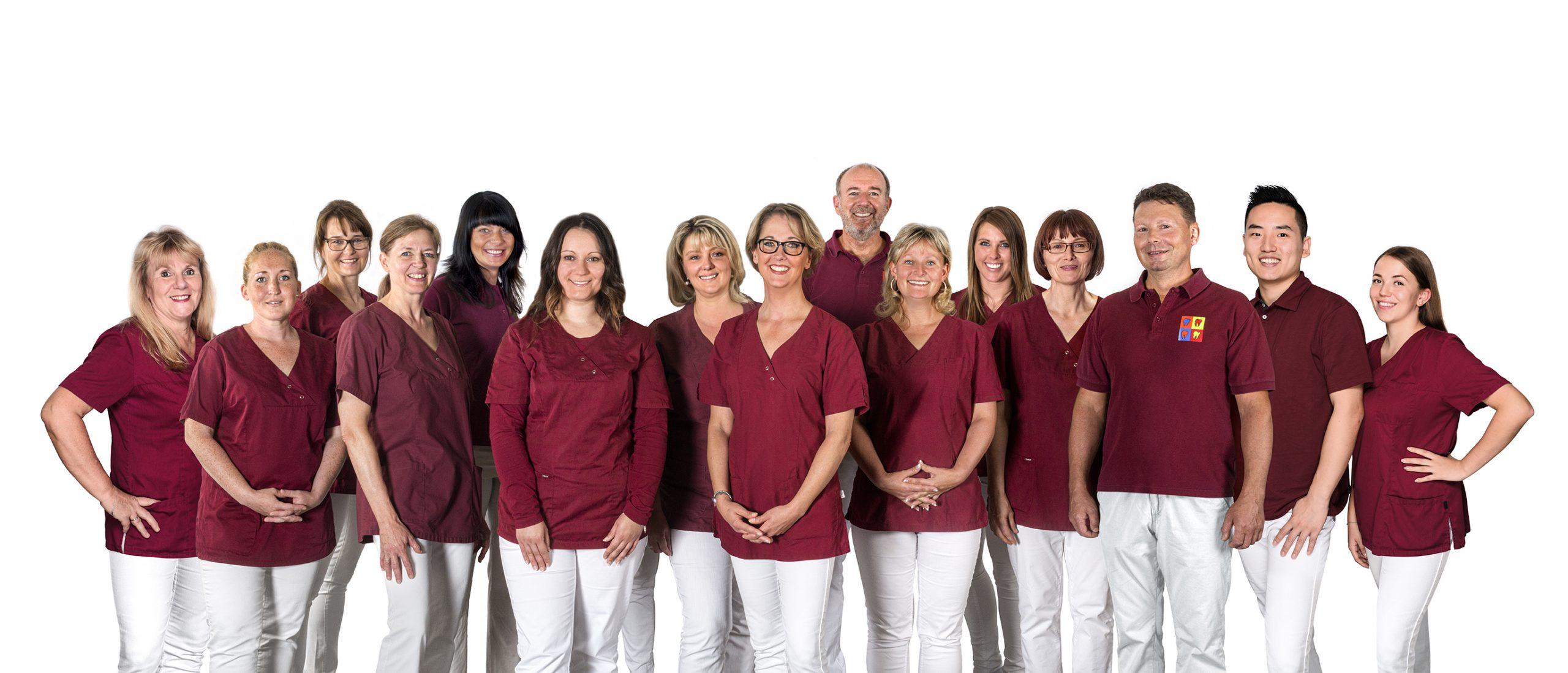Über die Zahnarzt-Praxis Dr. Kämpfe und Dr. Midderhoff in Berlin